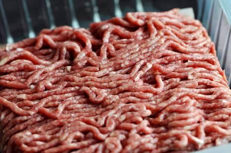 Kulutuksen vähentyminen iskee Ruotsissa erityisesti tuontilihaan.