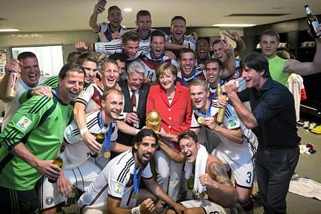 Tämä joukkue sai saksalaiset tv:n ääreen.