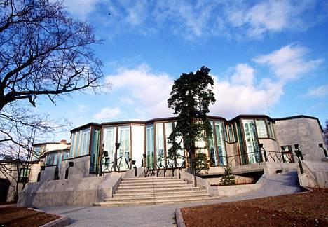 Lähes valmis Mäntyniemi kuvattiin marraskuussa 1993.