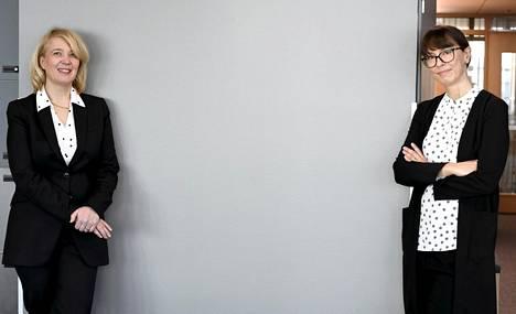 Kilpailu- ja kuluttajaviraston (KKV) pääjohtaja Kirsi Leivo (vas.) ja johtaja Maarit Taurula kertoivat tiedotustilaisuudessa isännöintialan paljastuneesta hintakartellista.