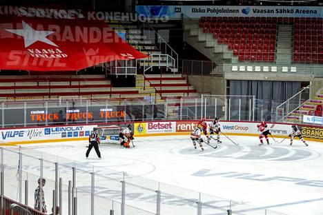 Liigan ottelu Sport–HPK pelattiin tyhjille katsomoille Vaasassa 9. tammikuuta 2021.