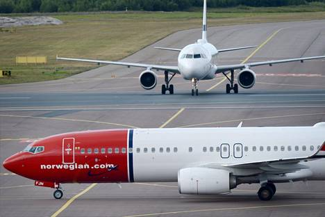 Koronakriisi on sysännyt lentoyhtiö Norwegianin pahoihin talousvaikeuksiin.
