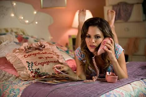 The To Do List -elokuvassa Brandy (Aubrey Plaza) tekee itselleen tehtävälistan, eikä se ole ihan tavanomainen.