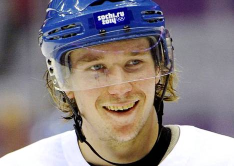 """<span class=""""nimi"""">Sami Vatanen<br /></span>6 ottelua 0+5. Tarjosi makupaloja hyökkääjille ja pani oman kroppansa likoon. Määtän ohella Suomen paras puolustaja."""