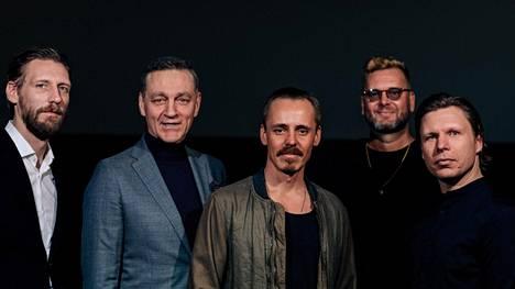 Pekka Strang, Ville Virtanen, Jasper Pääkkönen, Antti J. Jokinen ja Eero Milonoff Omerta-elokuvien puffikuvassa alkuvuodesta 2020.