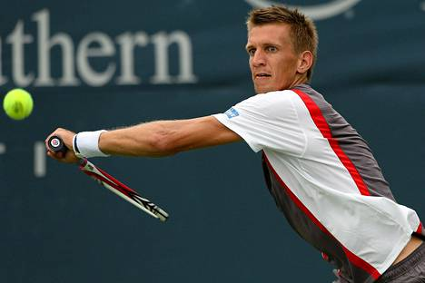 Jarkko Nieminen jättää Metzin turnauksen väliin, koska Davis Cupissa Romaniassa tuli pieni reisivaiva.