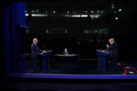 Donald Trumpin ja Joe Bidenin vaaliväittelyä johti Fox News -kanavan Chris Wallace.