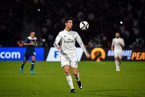 Real Madrid (Cristiano Ronaldo) hakee seurajoukkueiden MM-kultaa.