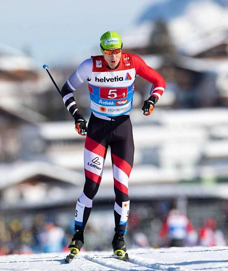 Itävallan hiihtäjä Max Hauke hiihti sprinttihiihdon karsinnoissa Seefeldin MM-hiihdoissa.