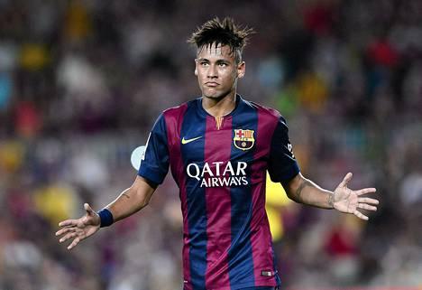 Neymarin pelaaminen kauden avausottelussa sunnuntaina on epävarmaa.