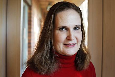 Eevastiina Gjerstad on kirjoittanut kirjan Näin vaikutat. Hän avaa vaikuttamisen psykologiaa arjessa ja työelämässä.