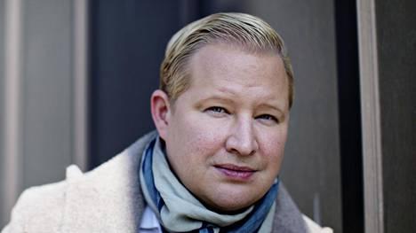 Työelämäprofessori Pekka Mattila työskentelee Aalto-yliopiston kauppakorkeakoulun markkinoinnin laitoksella.