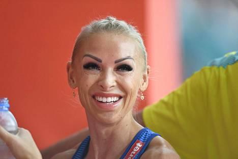 Annimari Korte kuvattuna MM-Dohan 100 metrin aitajuoksun välierien jälkeen.