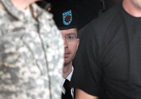 Wikileaks-vuotaja Bradley Manning voi saada elinkautisen.