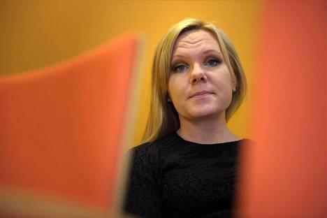 Elina Pekkarinen.