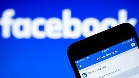 Facebookia tänä vuonna riivanneiden yksityisyyskohujen on arveltu vähentäneen palvelun käyttöä.
