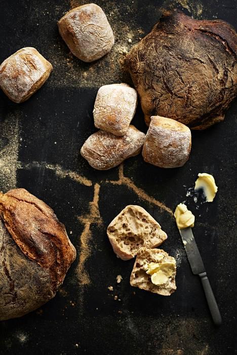 Hyvä leipä ei tarvitse seurakseen kuin voinokareen.