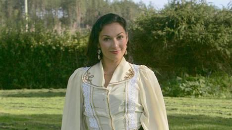 Miritza Lundberg on viulisti, joka tekee myös romanimusiikkia.