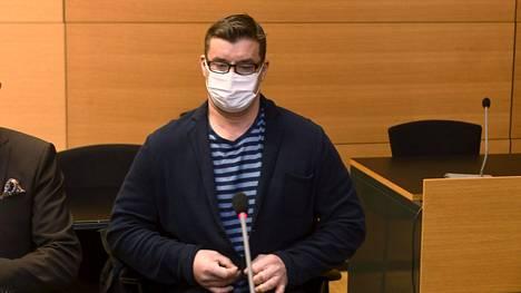 Entinen rikosylikonstaapeli Marko Verlin työskenteli pitkään Helsingin huumepoliisissa Jari Aarnion alaisuudessa. Kuva on otettu Helsingin käräjäoikeuden istunnosta 11. helmikuuta.