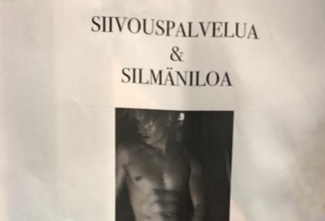 Toffe mainosti palveluaan ruokakaupan ilmoitustaululla Helsingin Punavuoressa.