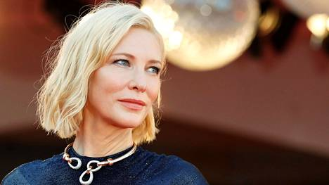 Cate Blanchett Venetsian elokuvajuhlilla.