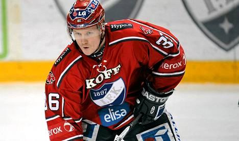 Ilkka Pikkarainen oli IFK:ssa pelatessaan fanien suosikki.