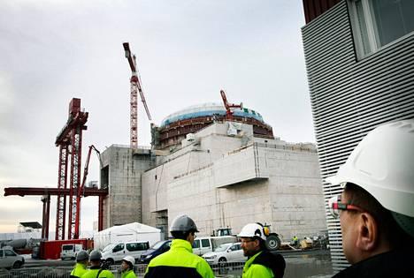 Olkiluodon uuden ydinvoimalan työmaalla näytti viime vuoden maaliskuussa tältä.