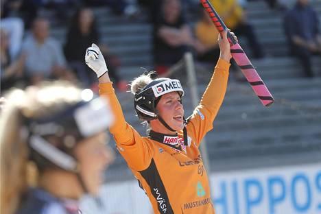 Jyväskylän Kirittärien Virpi Hukka pelasi ehjän ja menestyksekkään kauden naisten Superpesiksessä.