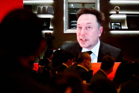 Teslan toimitusjohtaja Elon Musk puhui videoyhteyden kautta China Development Forum -tapahtumassa lauantaina.
