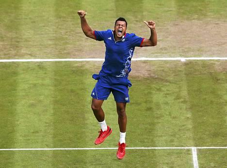 Ranskan Jo-Wilfried Tsongan riemulla ei ollut rajaa, kun hän neljän tunnin tahkoamisen jälkeen päihitti vastustajansa.