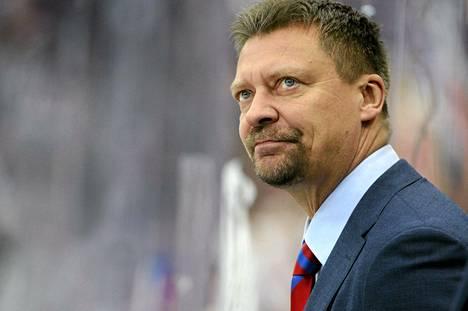 Jukka Jalonen luotsaa jatkossa alle 20-vuotiaiden maajoukkuetta.