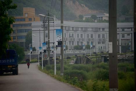 Zhuzhou Baimalongin työleiri Changshan kaupungin ulkopuolella Hunanin maakunnassa muistuttaa ulkoapäin vankilaa.
