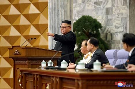 Kim Jong-un osallistui puoluekokoukseen. Pohjois-Korean valtiollinen uutistoimisto KCNA julkaisi kuvan 12. helmikuuta.