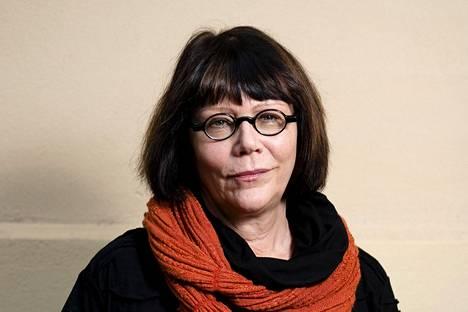 Kristina Carlsonin uudessa Eunukki-pienoisromaanissa on filosofisen aforistinen sävy.