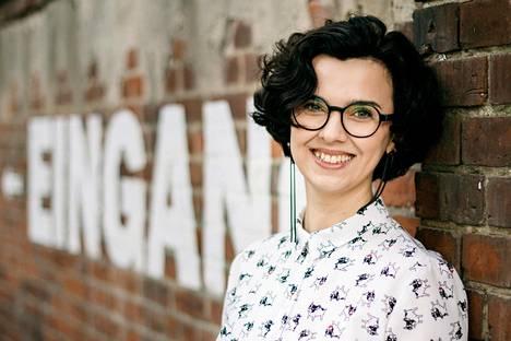 Elena Taraštšanskaja käsikirjoittaa suomalaista viihdettä nykyään Berliinissä.