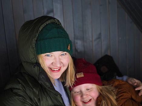 Elsa Heiko toivoo, että hän ja Kaamos pääsevät nauttimaan ulkoilusta poikkeustoimista huolimatta.