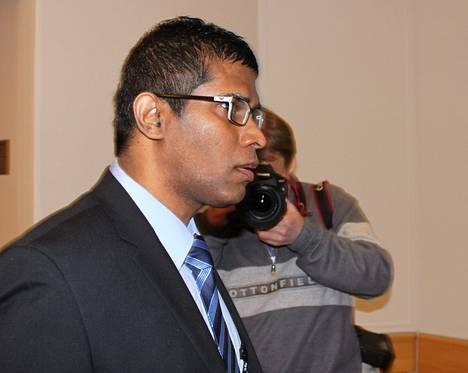 Tuomittu vedonlyöntihuijari Wilson Raj Perumal on jälleen vapaalla.
