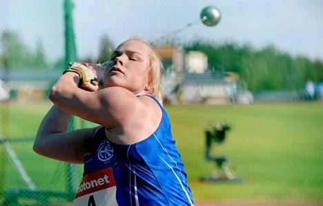 Krista Tervo heitti kesäkuussa Kultainen keihäs -kilpailussa Vantaalla.