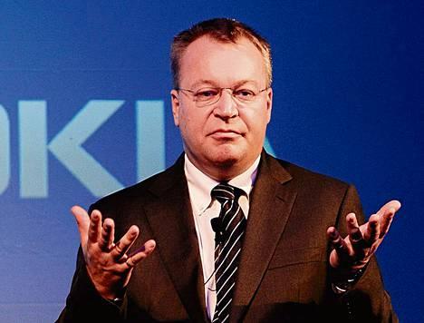 Stephen Elop siirtyi Nokian toimitusjohtajan tehtävästä matkapuhelinyksikön johtajaksi syyskuun alussa, jolloin Microsoft ilmoitti ostavansa Nokian matkapuhelinliiketoiminnan.