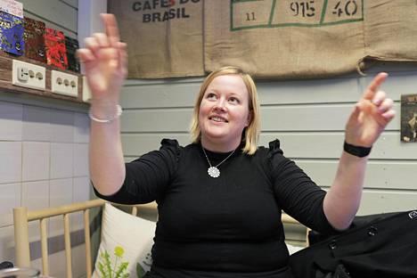 """Henna Eklundia pelotti aluksi ajatus yrittäjäksi ryhtymisestä. """"Nyt olen uskaltanut ottaa sen askeleen."""""""