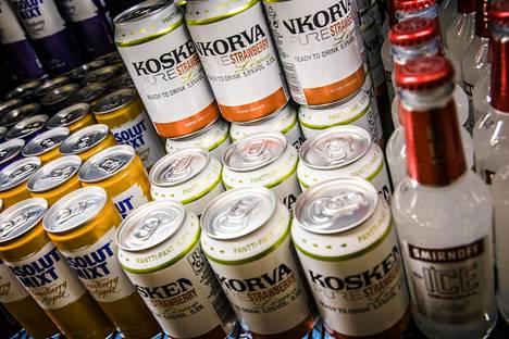 Erityisen paljon Tornion kaupoissa on kasvanut long drink -juomien menekki.