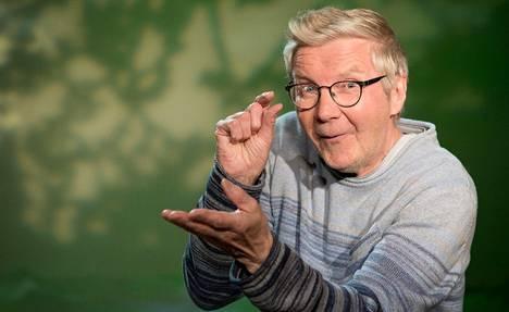 Pikku Kakkosen Iltasatu-ohjelman satusetänä toimii Pirkka-Pekka Petelius.