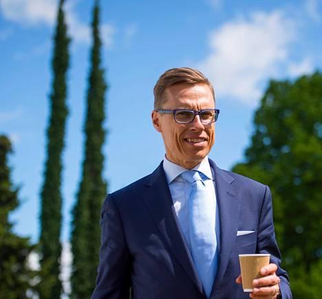 Alexander Stubb sai kokoomuspuolueelta 60 344 euroa ja sijoitti kampanjaansa omia varoja nolla euroa.