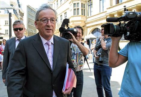 Jean-Claude Juncker poistui Luxemburgin herttuan palatsista torstaina.