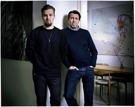 Iivari ja Martti Suosalo asuvat yhä saman katon alla, mutta heillä on  eri ulko-ovi.