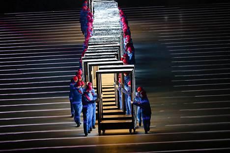 Etelä-Korea avasi olympialaisensa Pyeongchangissa näyttävästi.