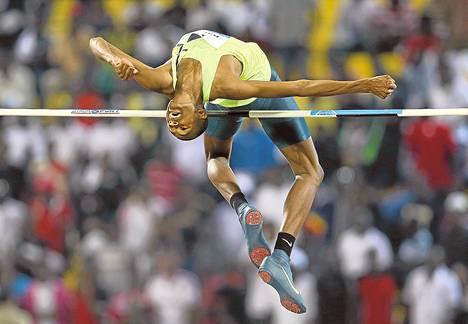 Mutaz Essa Barshin hyppäsi viime toukokuussa Dohassa Timanttiliigan kilpailuissa.