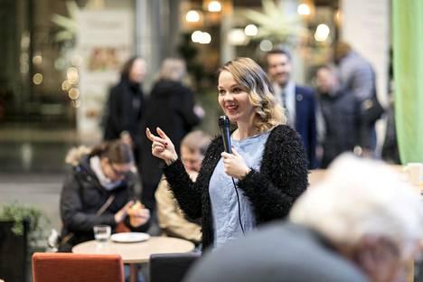 Keskustan nykyinen puheenjohtaja Katri Kulmuni sai hallituskriisin jälkeen kannettavakseen valtiovarainministerin salkun.