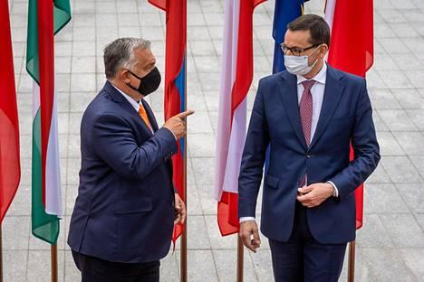 Unkarin pääministeri Viktor Orbán (vas.) ja Puolan pääministeri Mateusz Morawiecki tapasivat syyskuussa Puolan Lublinissa.