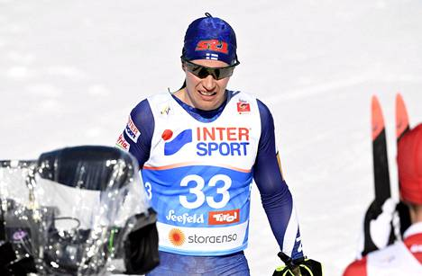 Matti Heikkinen oli kahdestoista 30 kilometrin yhdistelmäkisassa Seefeldin MM-kisoissa 23. helmikuuta..